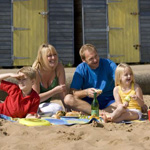 Broadstairs Destination Footer Images 01 Family Beach Picnic