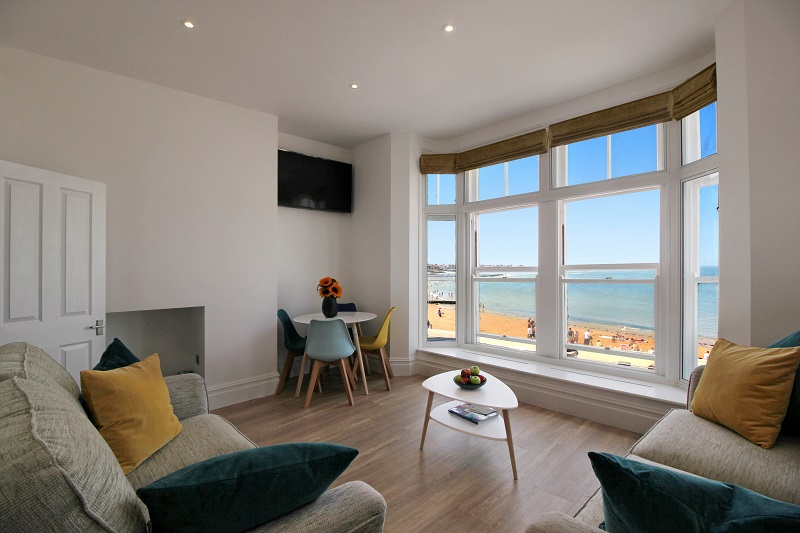 Lounge with TV - Margate Airbnb